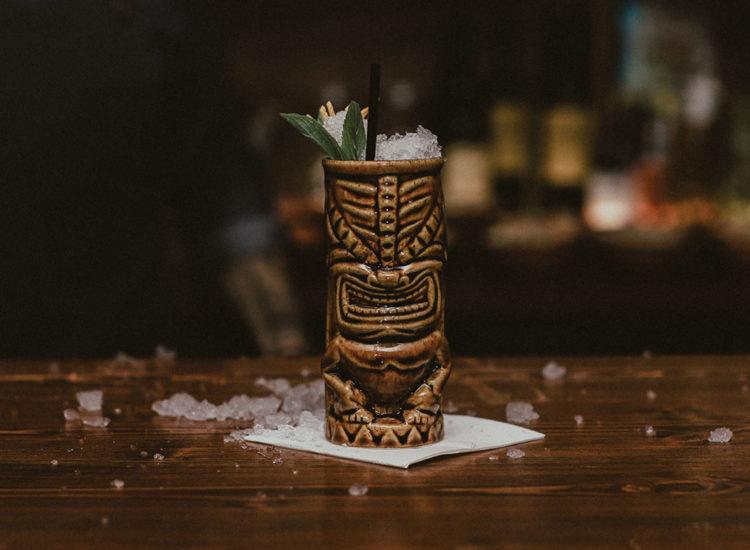 tiki-cocktails-sneaky-tonys